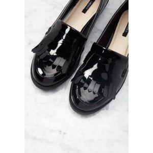 Forever 21   Black Patent Leather Fringe Loafers